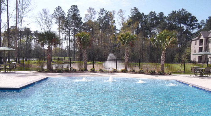 Resort-Style Pool at Brookstone Park Apartments in Covington, LA