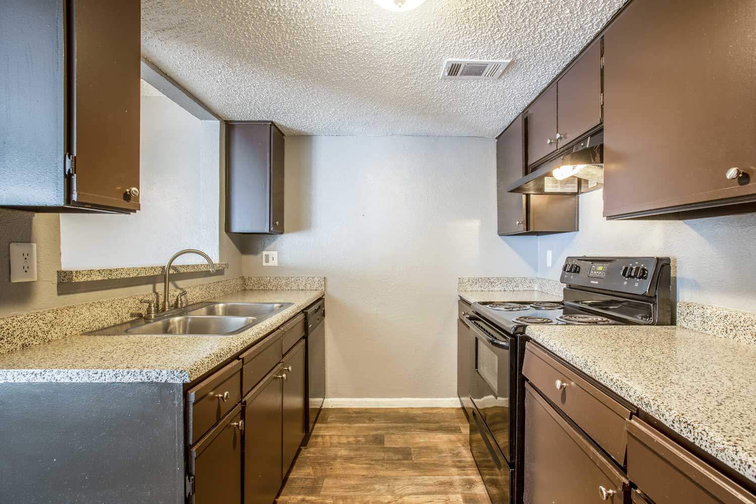 Fully Equipped Kitchen at Cadence Apartments in Dallas, Texas