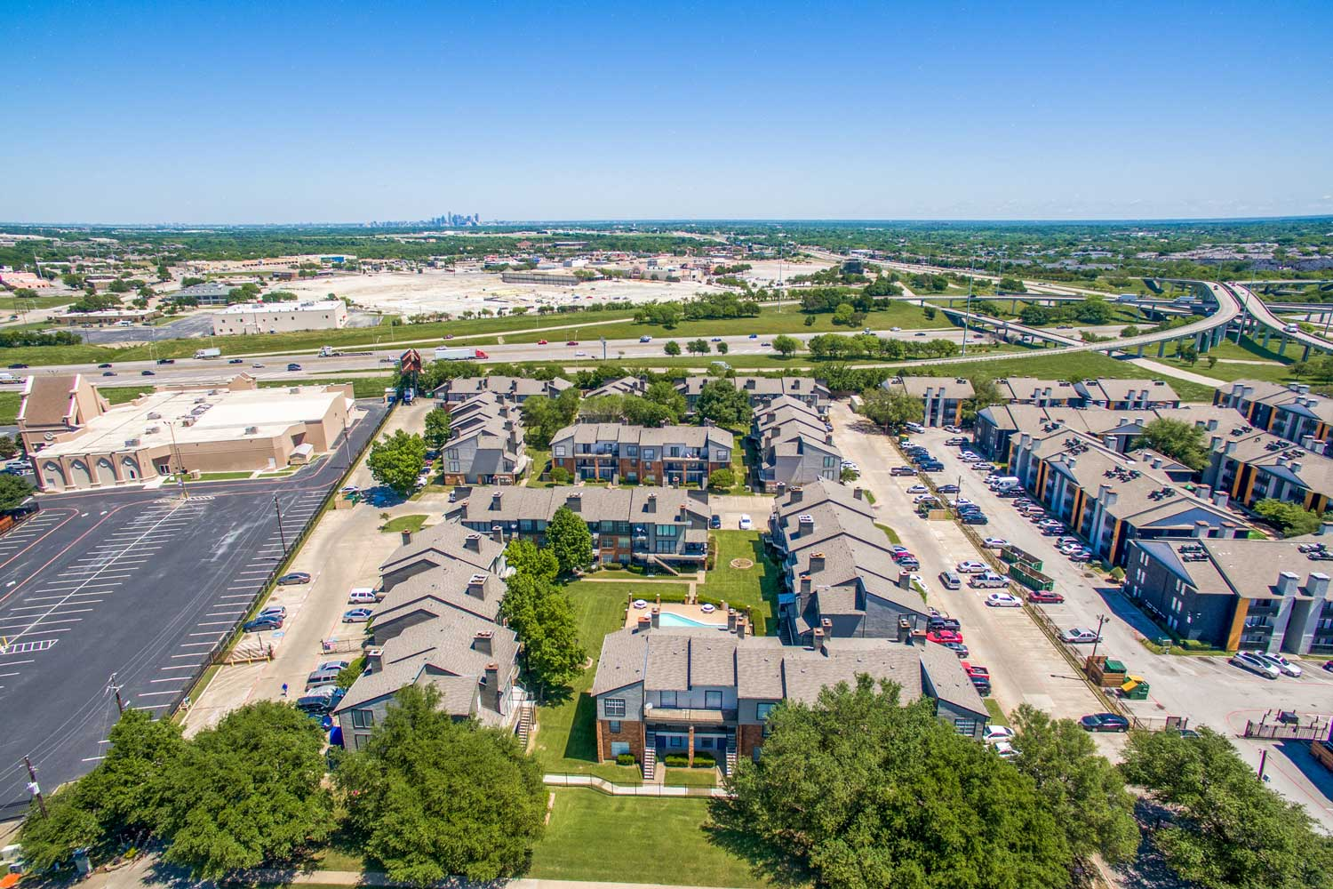 Apartments for Rent at Cadence Apartments in Dallas, Texas