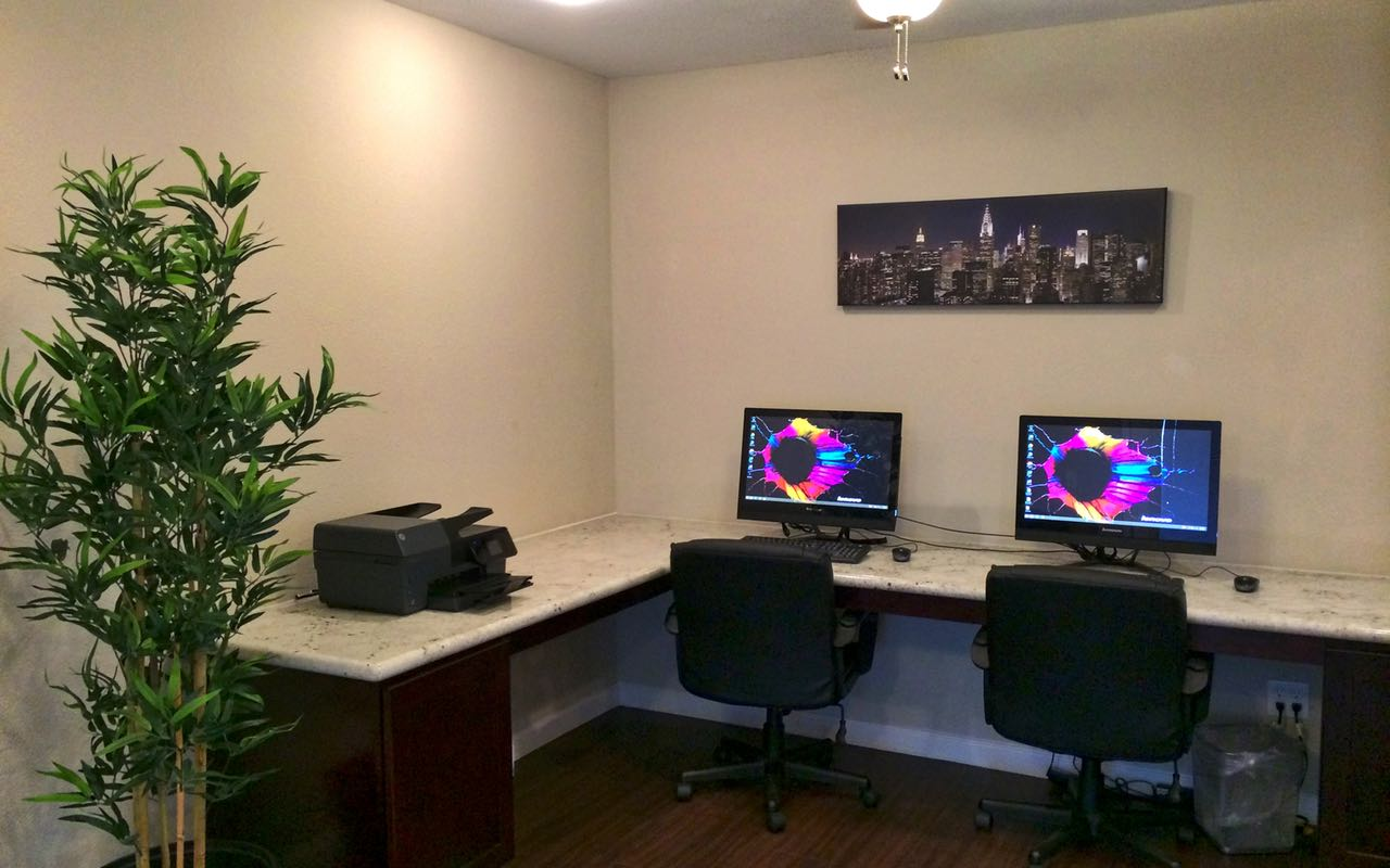 Business Center at Campbell Grove Apartments in Houston, Texas