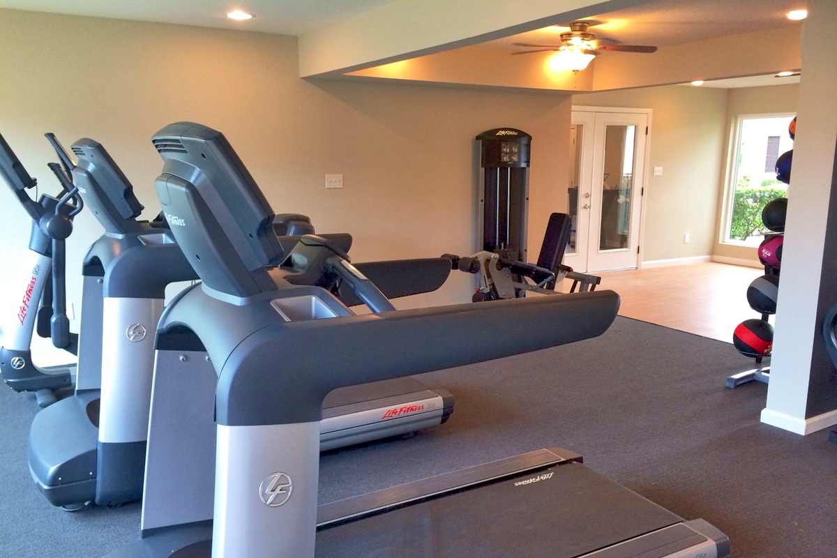 Modern Fitness Center at Campbell Grove Apartments in Houston, Texas