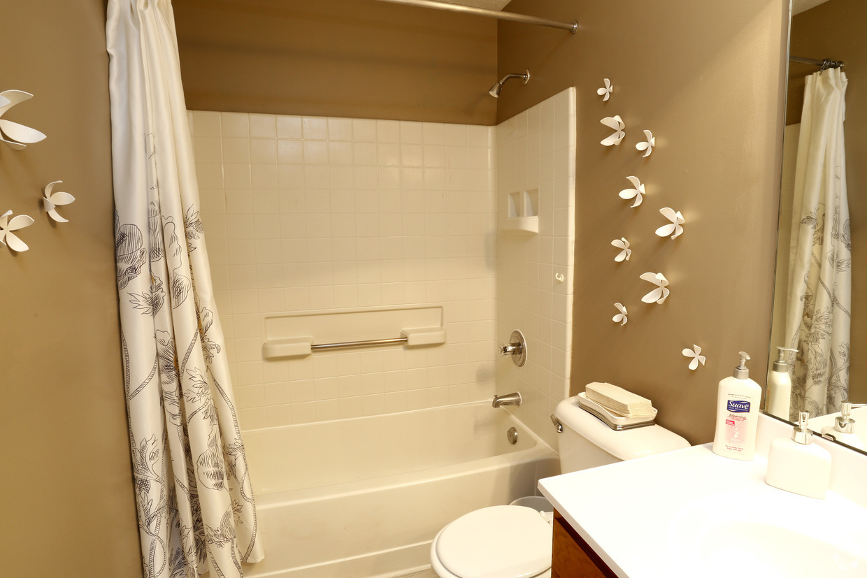 Shower and Bathtub Combination at Carriage Square Apartments in Loveland, Ohio