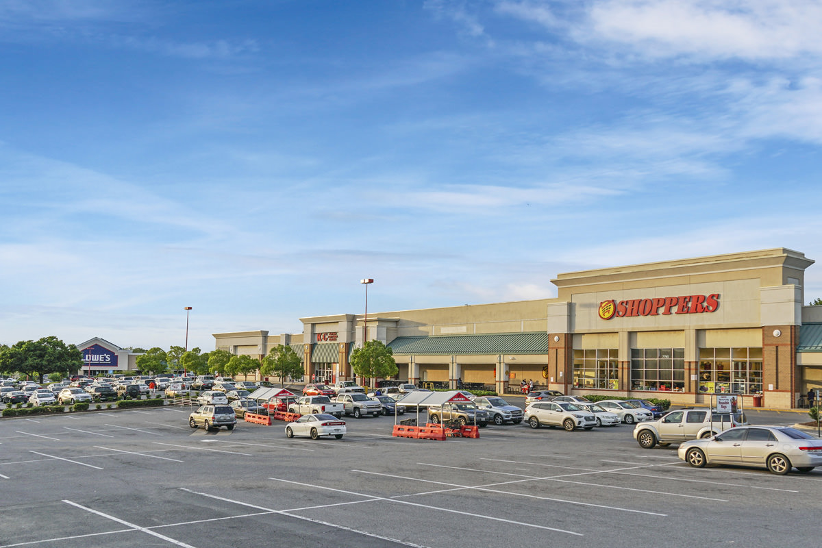 Shoppers grocery store within walking distance from Carrollon Manor Apartments