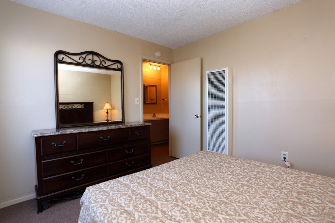 Neutral Color Scheme at Casa del Sol Apartments in Amarillo, TX