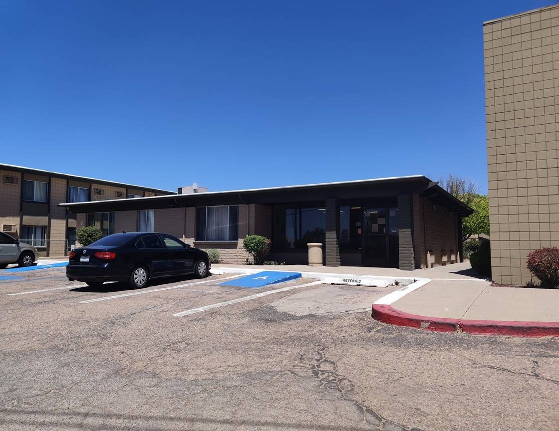 Parking at Casitas De Bella Apartments in Santa Fe, NM