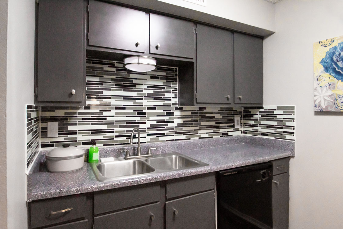 Fully-Equipped Kitchens Cedar Creek Apartments in Abilene, Texas