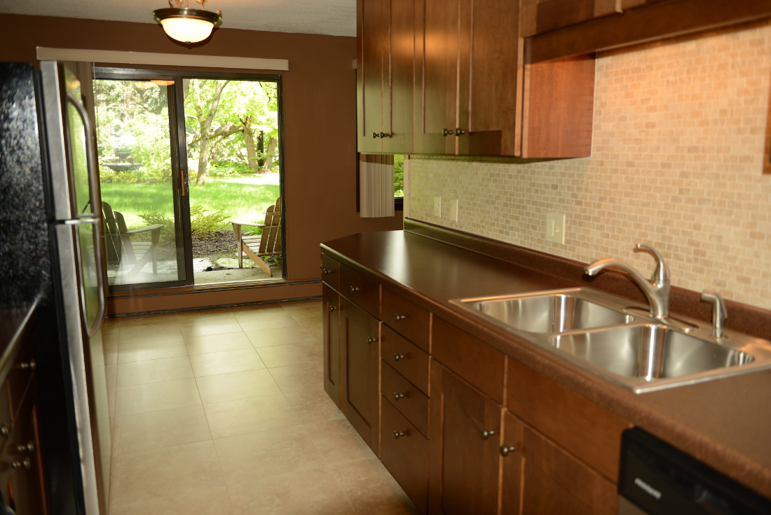 Dual Basin Stainless Steel Sink at Cedars of Edina Apartments in Edina, MN