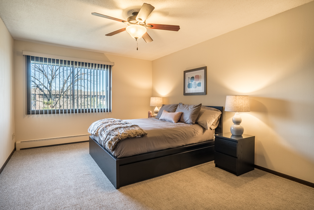 Spacious Bedrooms at Cedars of Edina Apartments in Edina, MN