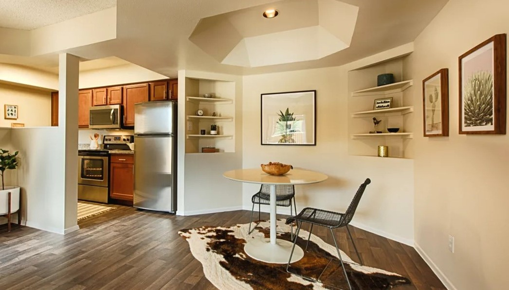 Stylish Apartments at Centerra Apartments in Scottsdale, AZ