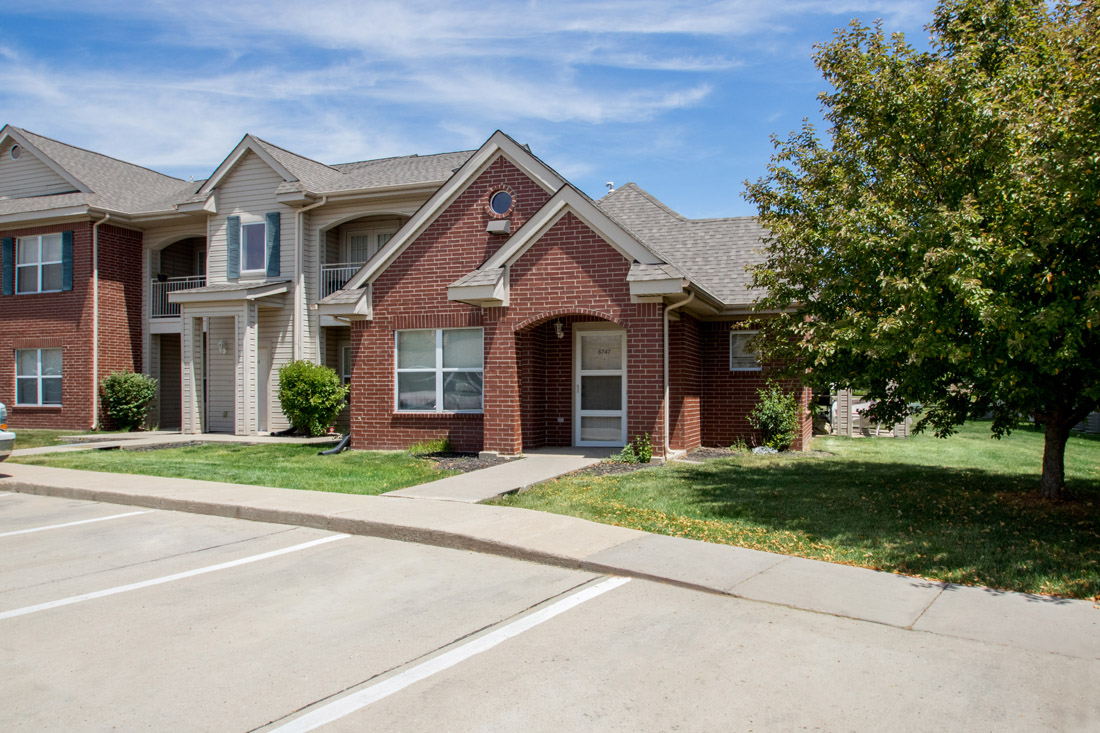 Apartments for Rent in Johnston at Chapel Ridge of Johnston Apartments in Johnston, IA