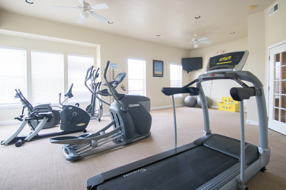 Fully-Equipped Fitness Center at Chapel Ridge of Johnston Apartments in Johnston, IA