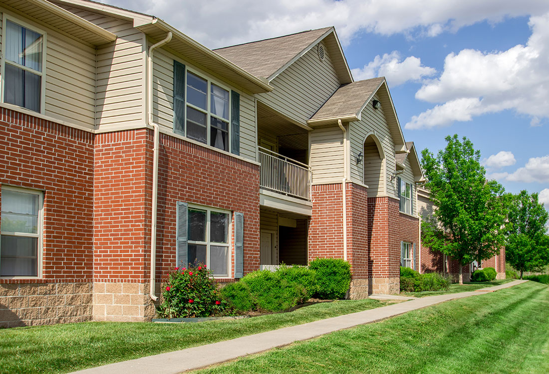 Pet-Friendly Apartments at Chapel Ridge of Council Bluffs Apartments in Council Bluffs, IA