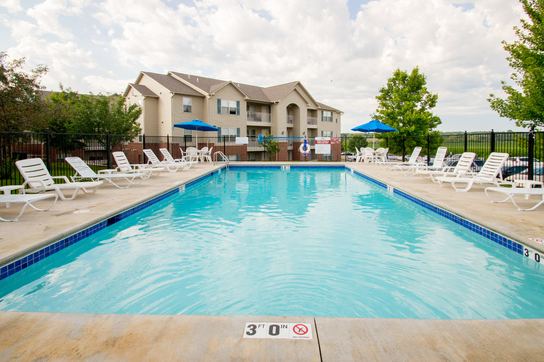 Sparkling Swimming Pool at Chapel Ridge of Marion Apartments in Marion, IA