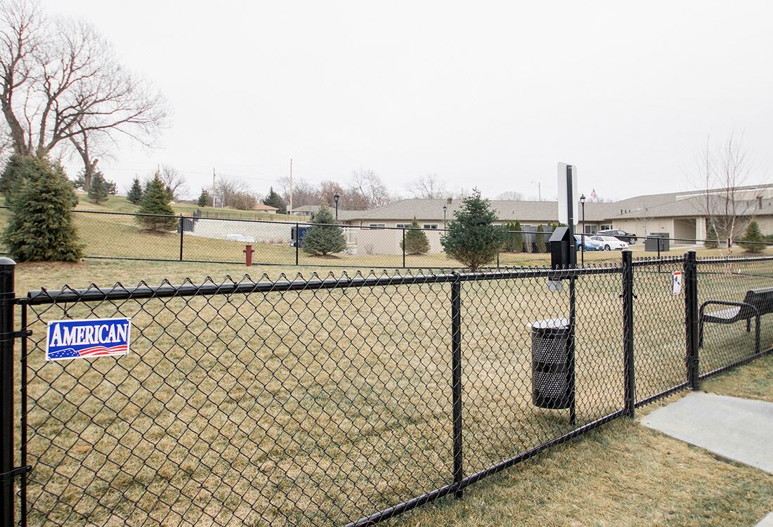 Pet Park at Chateau at Hillsborough Apartments in Omaha, NE