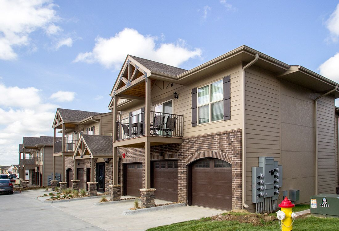 Apartments for Rent at Chateau at Hillsborough Apartments in Omaha, NE
