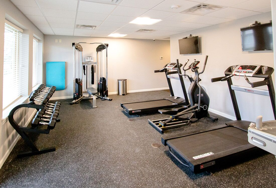Fitness Center at Chateau at Hillsborough Apartments in Omaha, NE