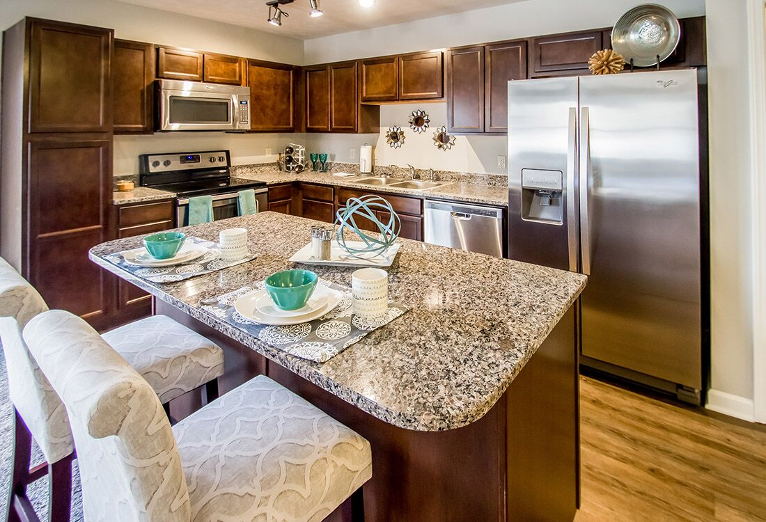 Eat-In Kitchen at Chateau at Hillsborough Apartments in Omaha, NE
