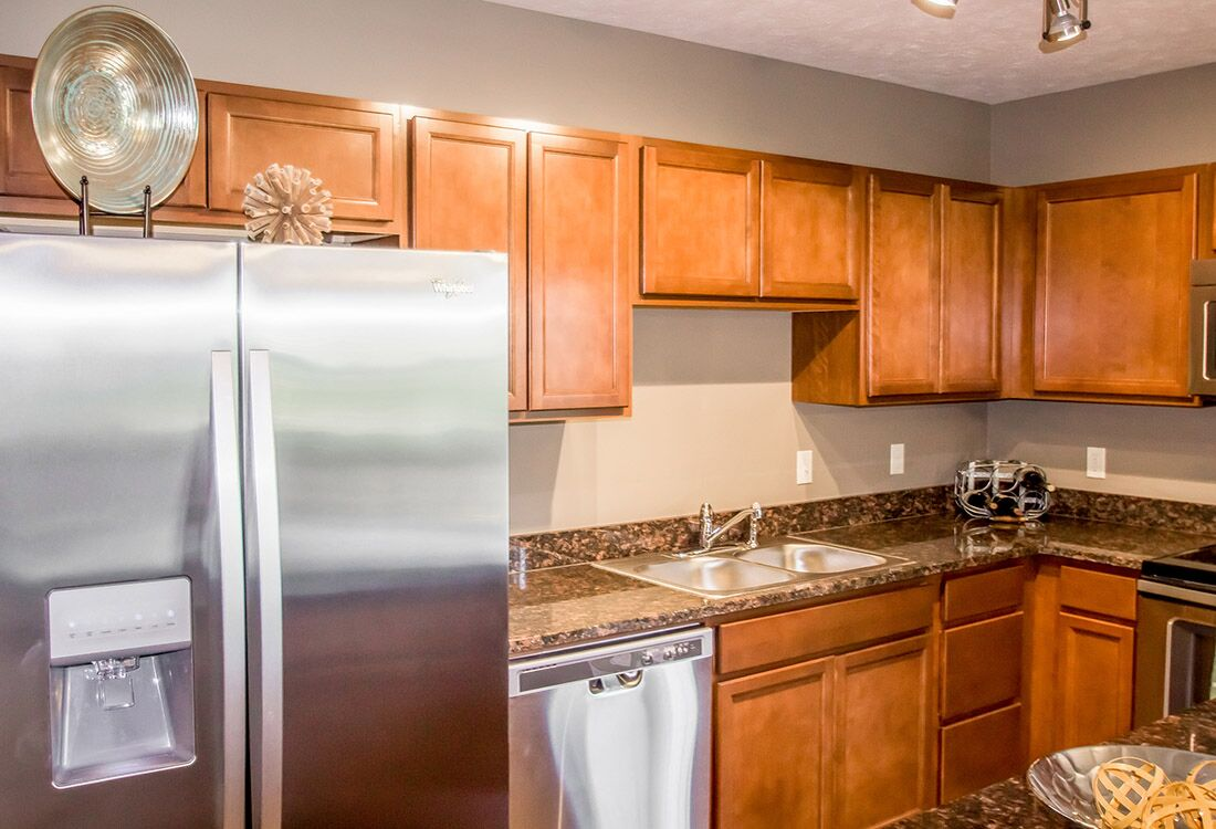 Spacious Kitchens at Chateau at Hillsborough Apartments in Omaha, NE