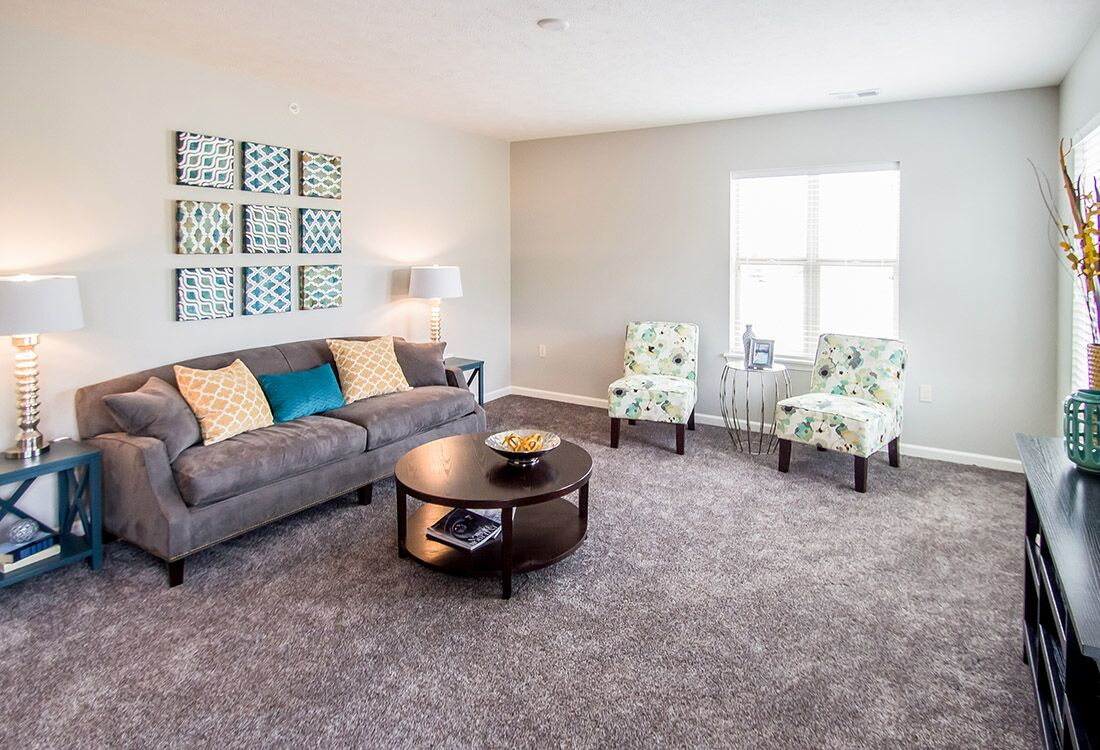 Ample Natural Lighting at Chateau at Hillsborough Apartments in Omaha, NE