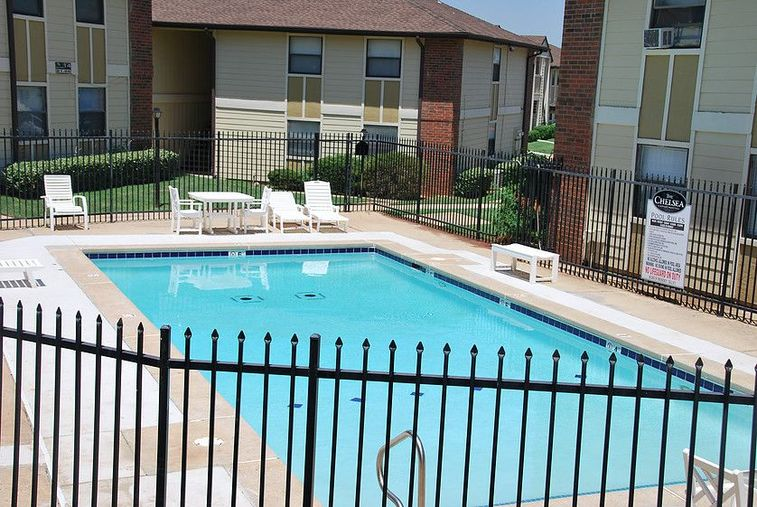 Resort-Style Pool at Chisholm Park Apartments in Oklahoma City, Oklahoma