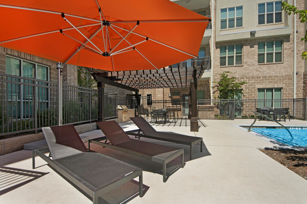 Sun Desk at City Square Lofts Apartments in Garland, TX
