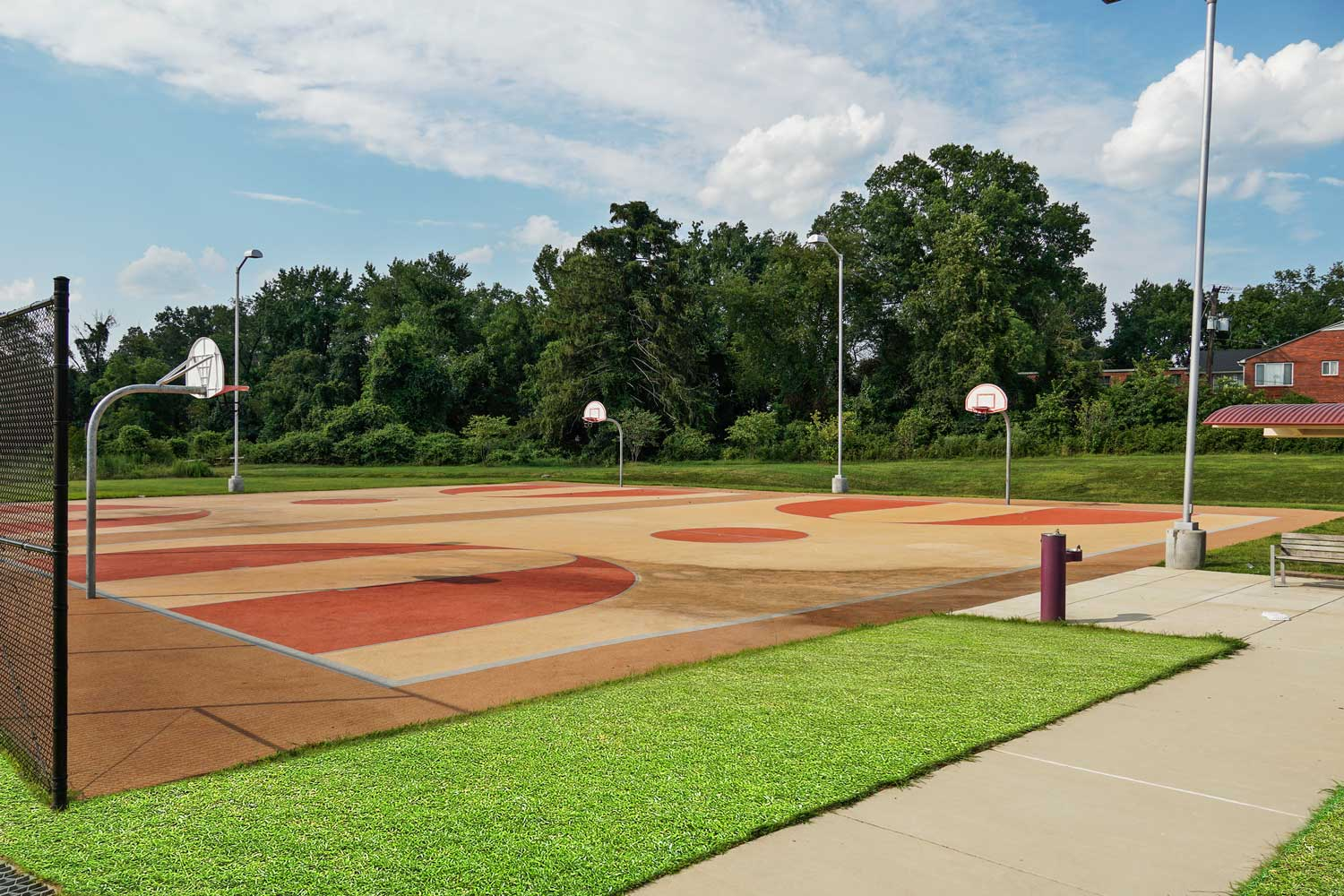 Basketball court 5 minutes from Columbia Park Apartments in Landover, MD