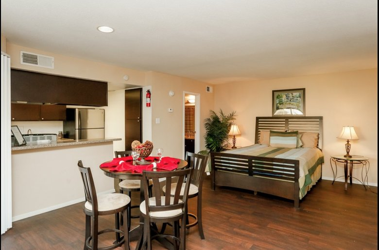 Studio, One and Two-Bedroom Apartments at Copper Cove Apartments in Houston, Texas