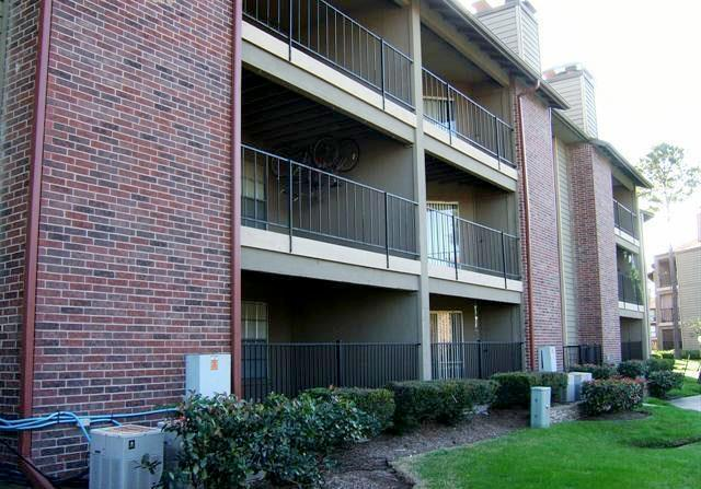 Private Balconies at Copper Cove Apartments in Houston, Texas