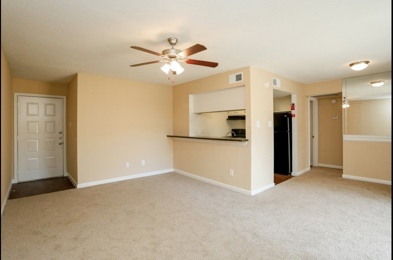 Ceiling Fans and Carpeting at Copper Cove Apartments in Houston, Texas