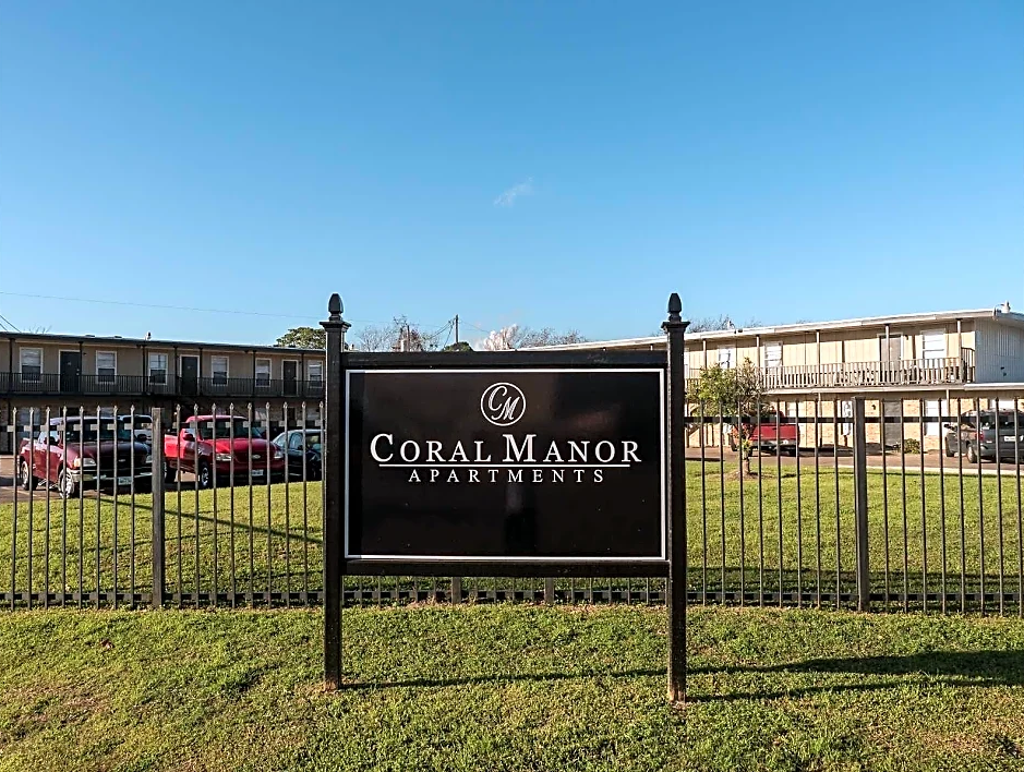 Welcome Signage at Coral Manor Apartments in Texas City, TX
