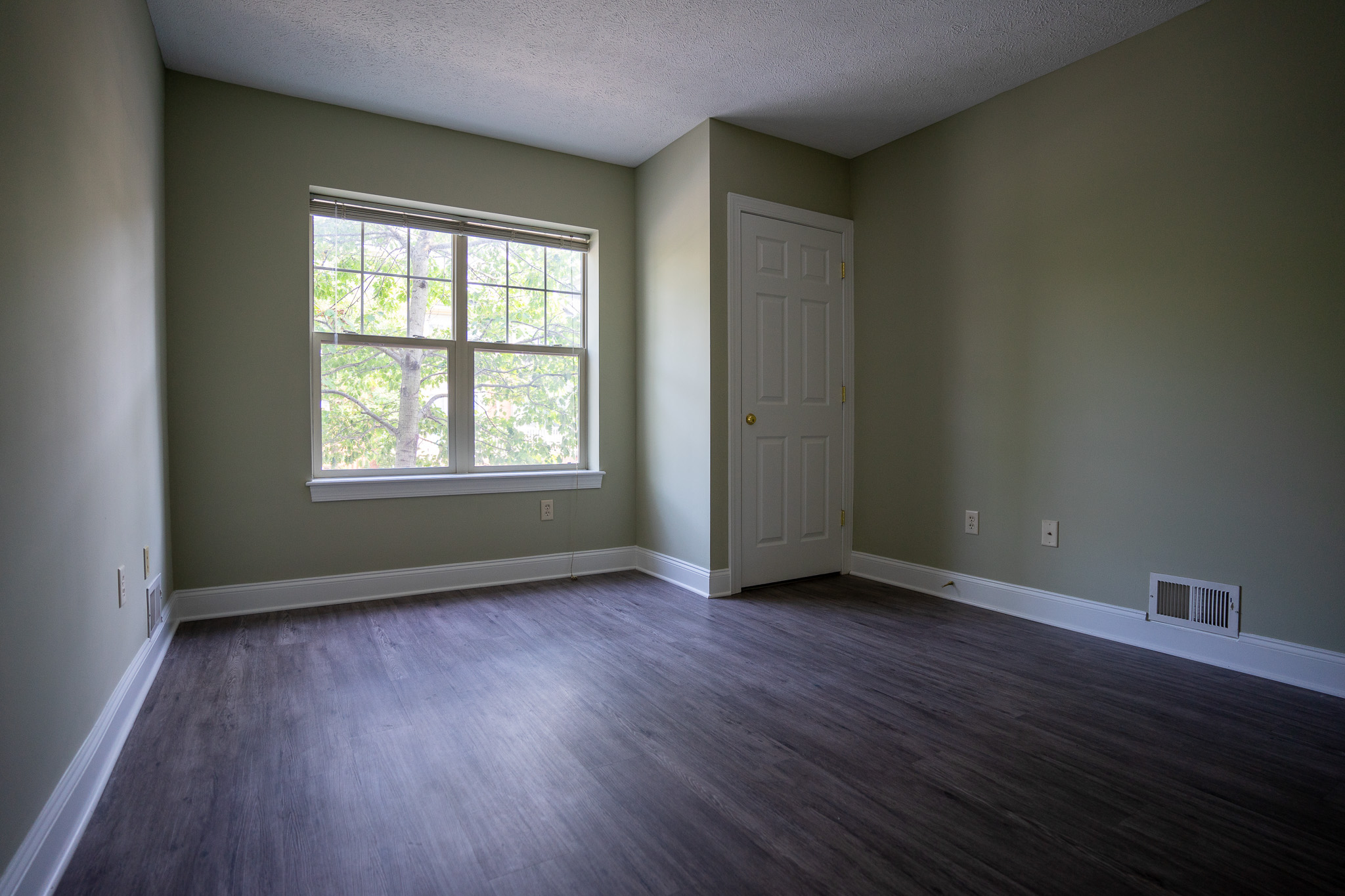 1 Bed 1 Bath Apartment for Rent in Rochester, NY Corn Hill ...