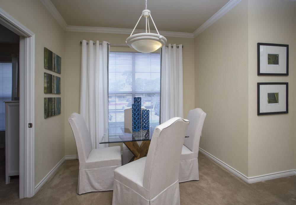 Luxury Apartments at Country Club Pointe Apartments Homes in Lake Charles, LA