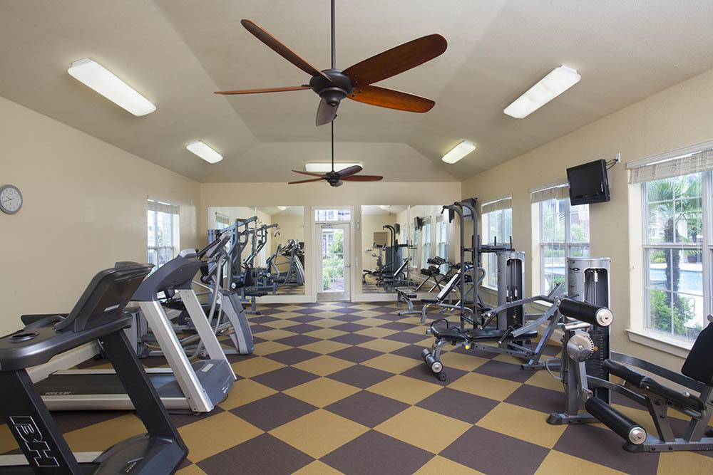 Fitness Center at Country Club Pointe Apartments Homes in Lake Charles, LA