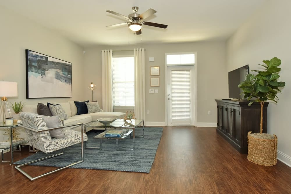 Luxury Apartments at The Reserve at Couret Farms Apartments in Lafayette, LA