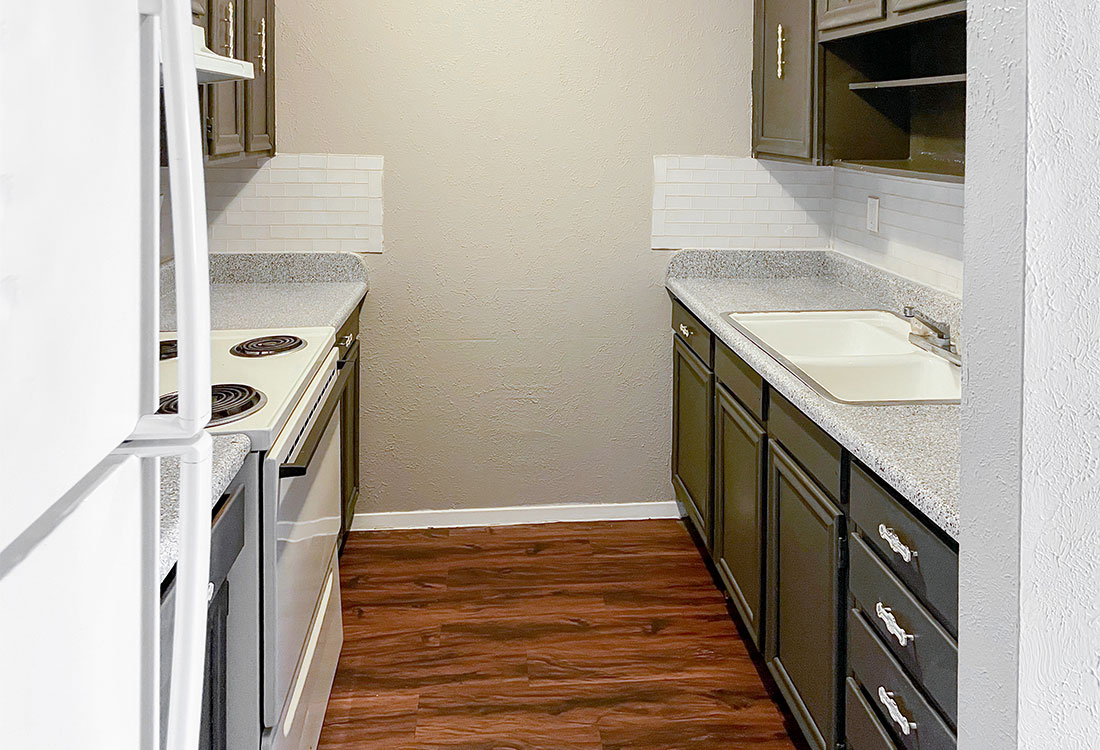 Updated Kitchens at Courtyard Park Apartments in Abilene, TX