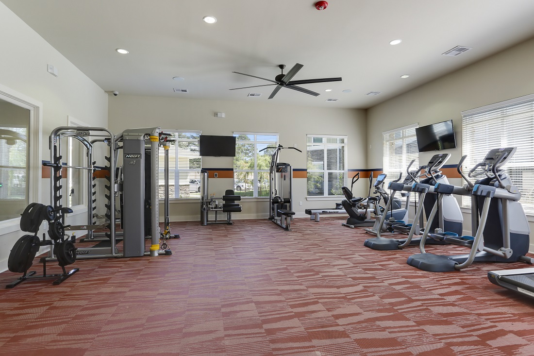 Cardio and Weight Equipment at Creekside Crossing in Walker, Louisiana