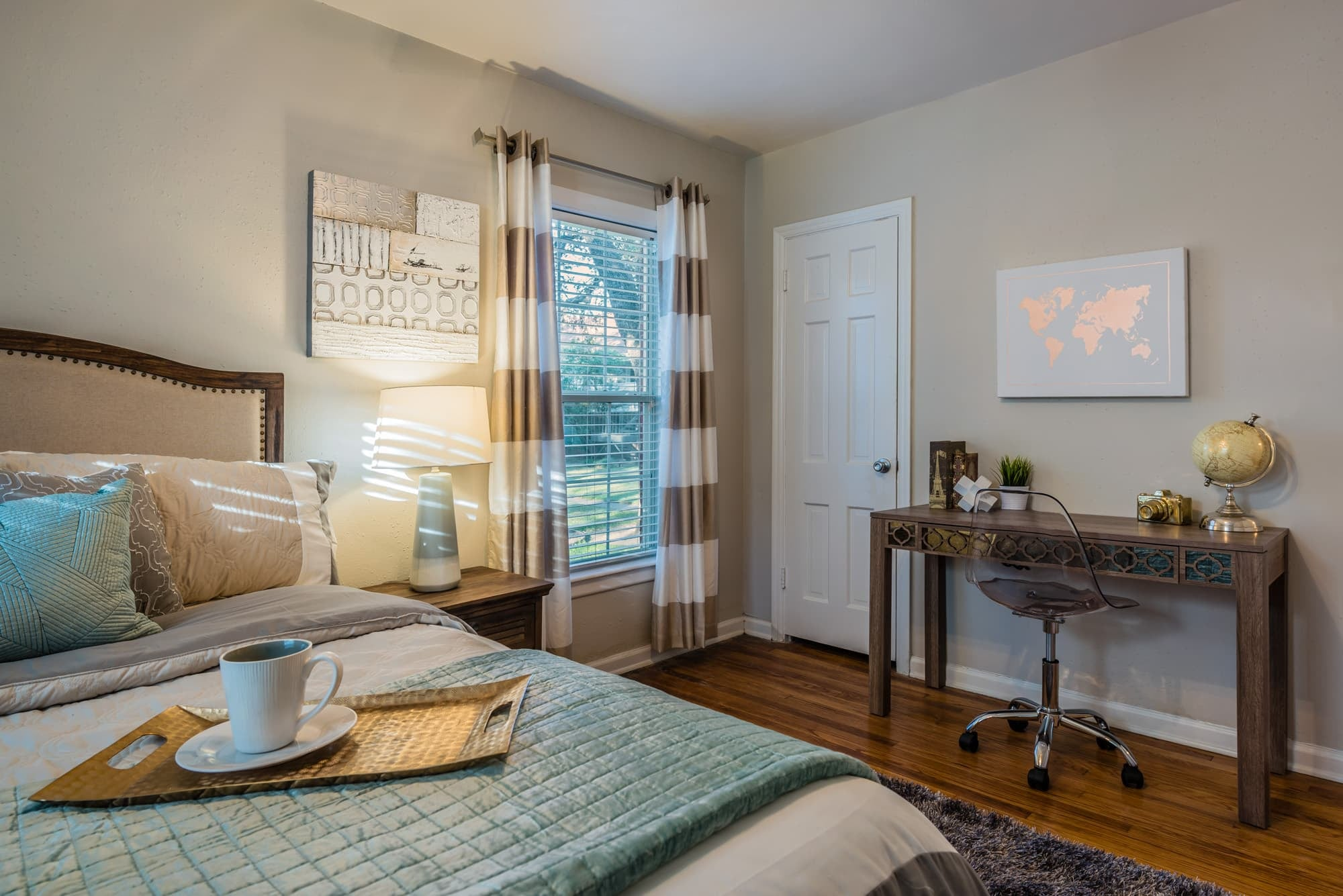 Scenic Community Views at Crestwood Place Apartments in Fort Worth, TX