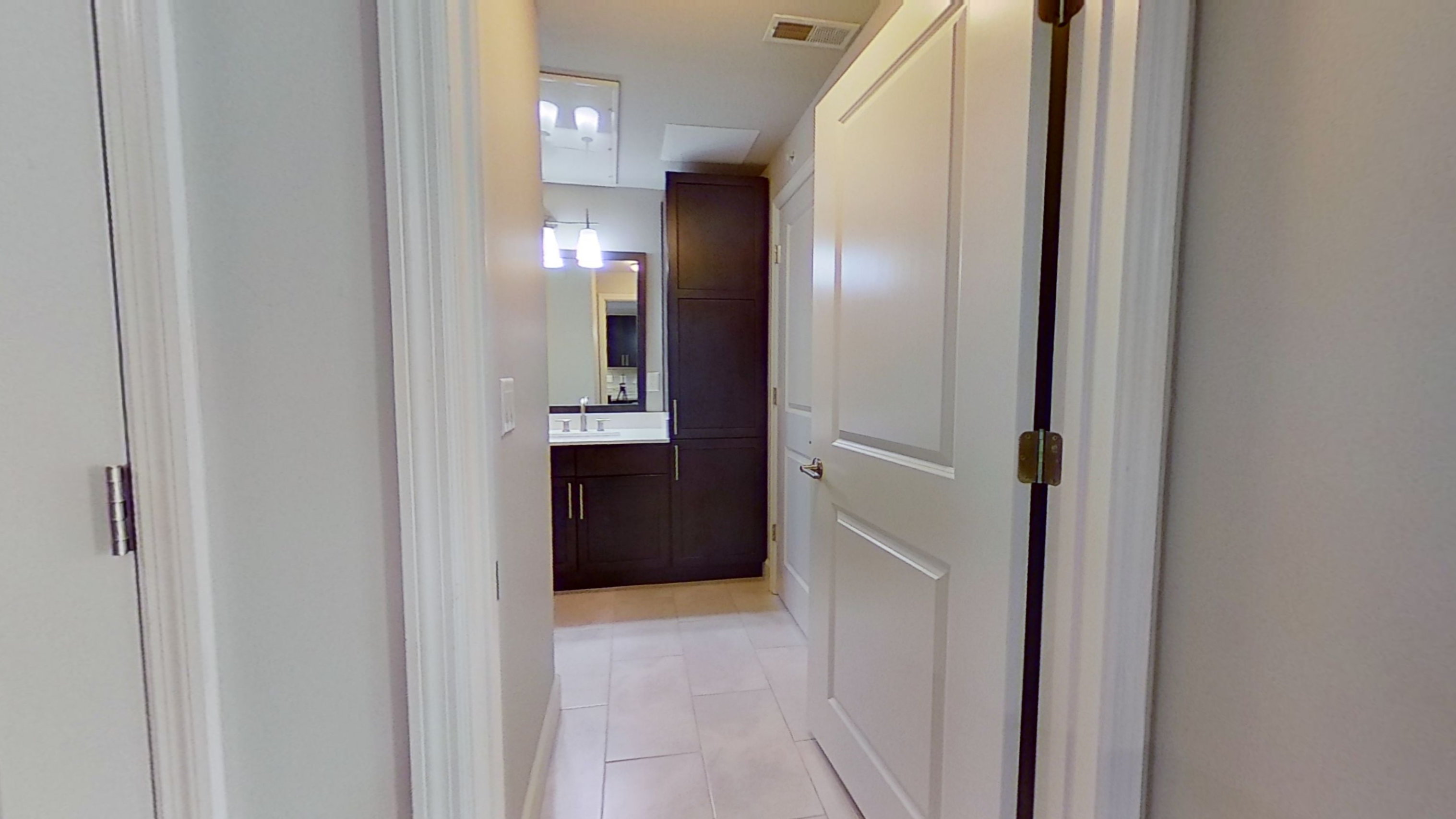A2 Unit Bathroom at the Vue at Creve Coeur Apartments in Creve Coeur, MO