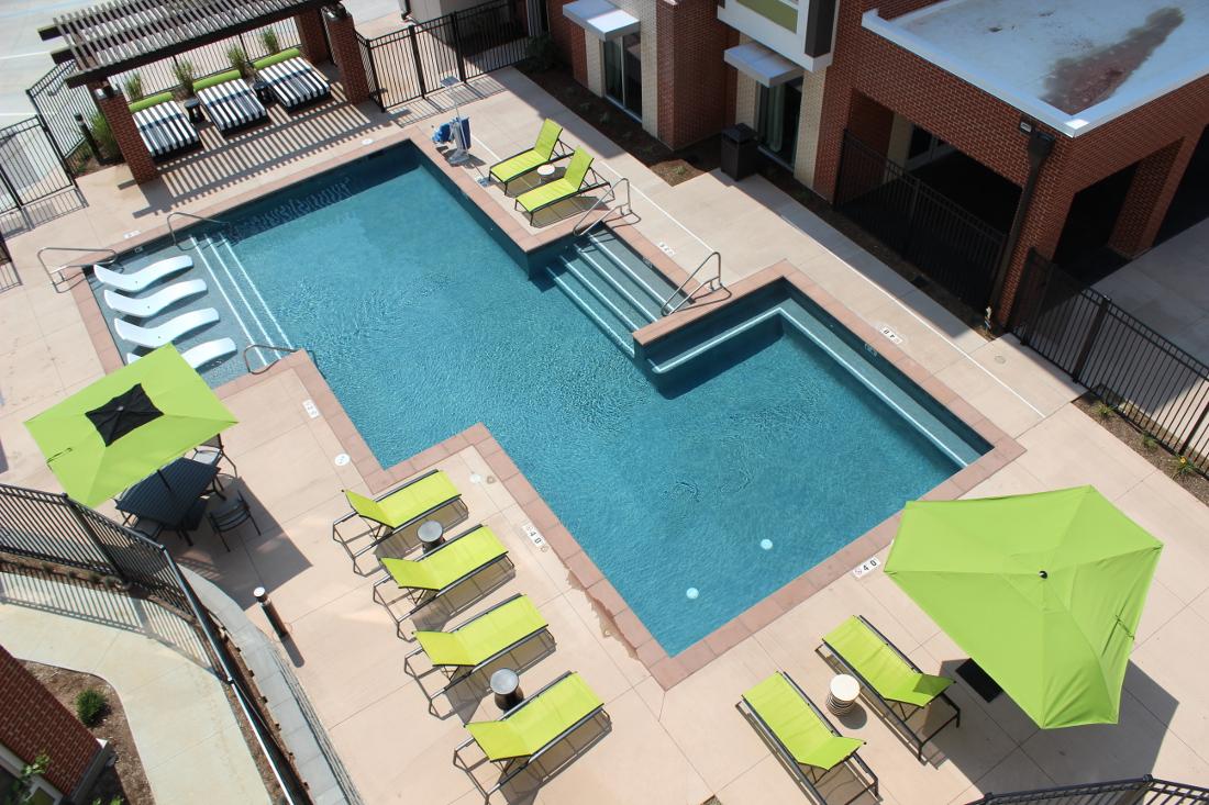 Swimming Pool at the Vue at Creve Coeur Apartments in Creve Coeur, MO