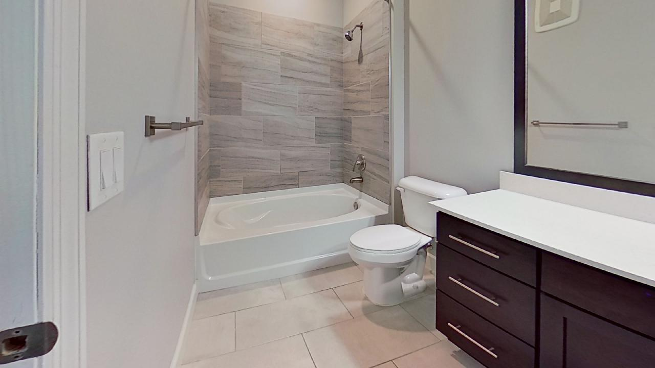A1 Unit Soaking Tub at the Vue at Creve Coeur Apartments in Creve Coeur, MO