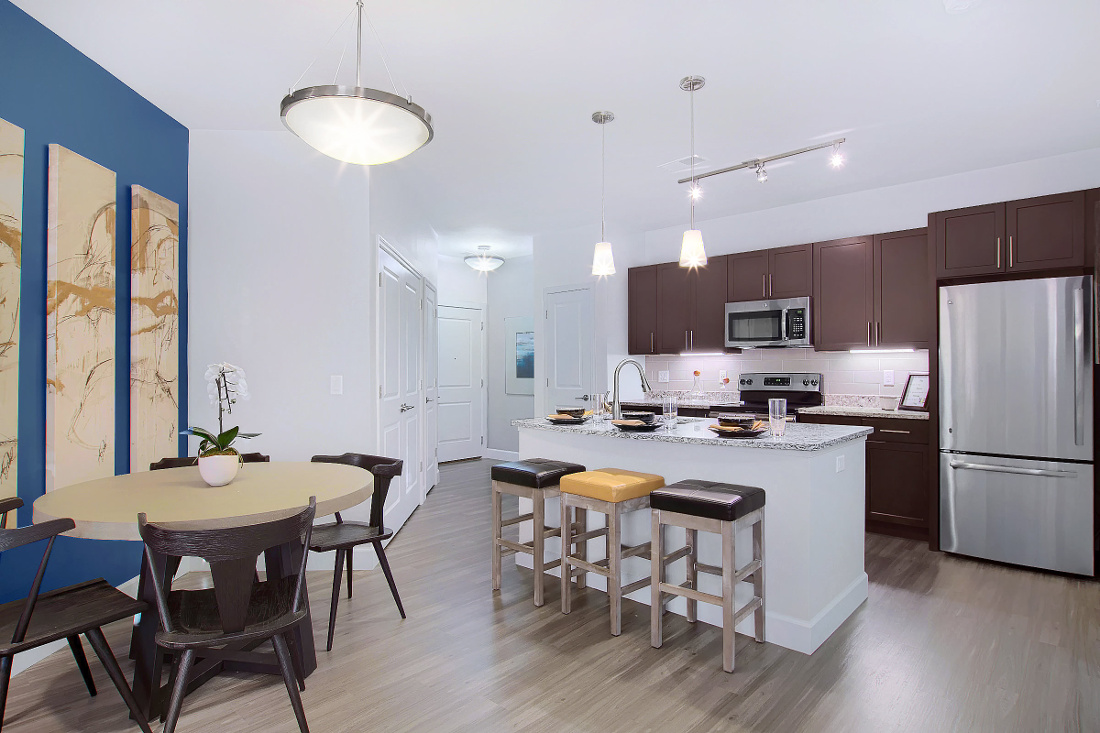 A3 Unit Dining and Kitchen Area at the Vue at Creve Coeur Apartments in Creve Coeur, MO