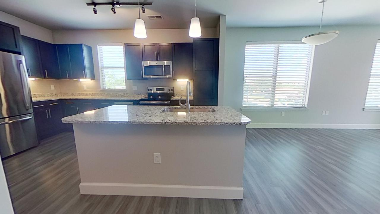 GE Stainless Steel at the Vue at Creve Coeur Apartments in Creve Coeur, MO