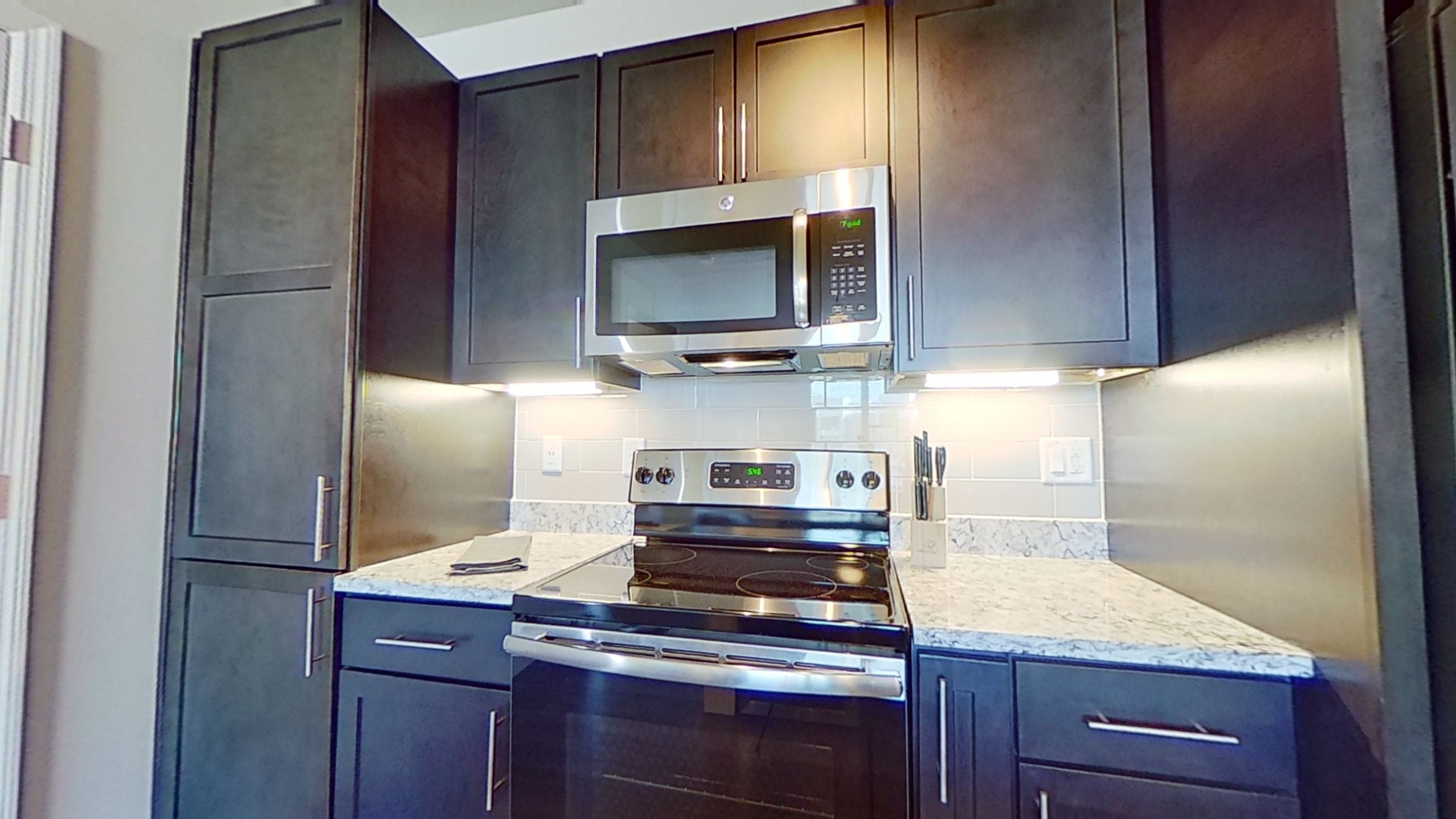 B1 Kitchen at the Vue at Creve Coeur Apartments in Creve Coeur, MO