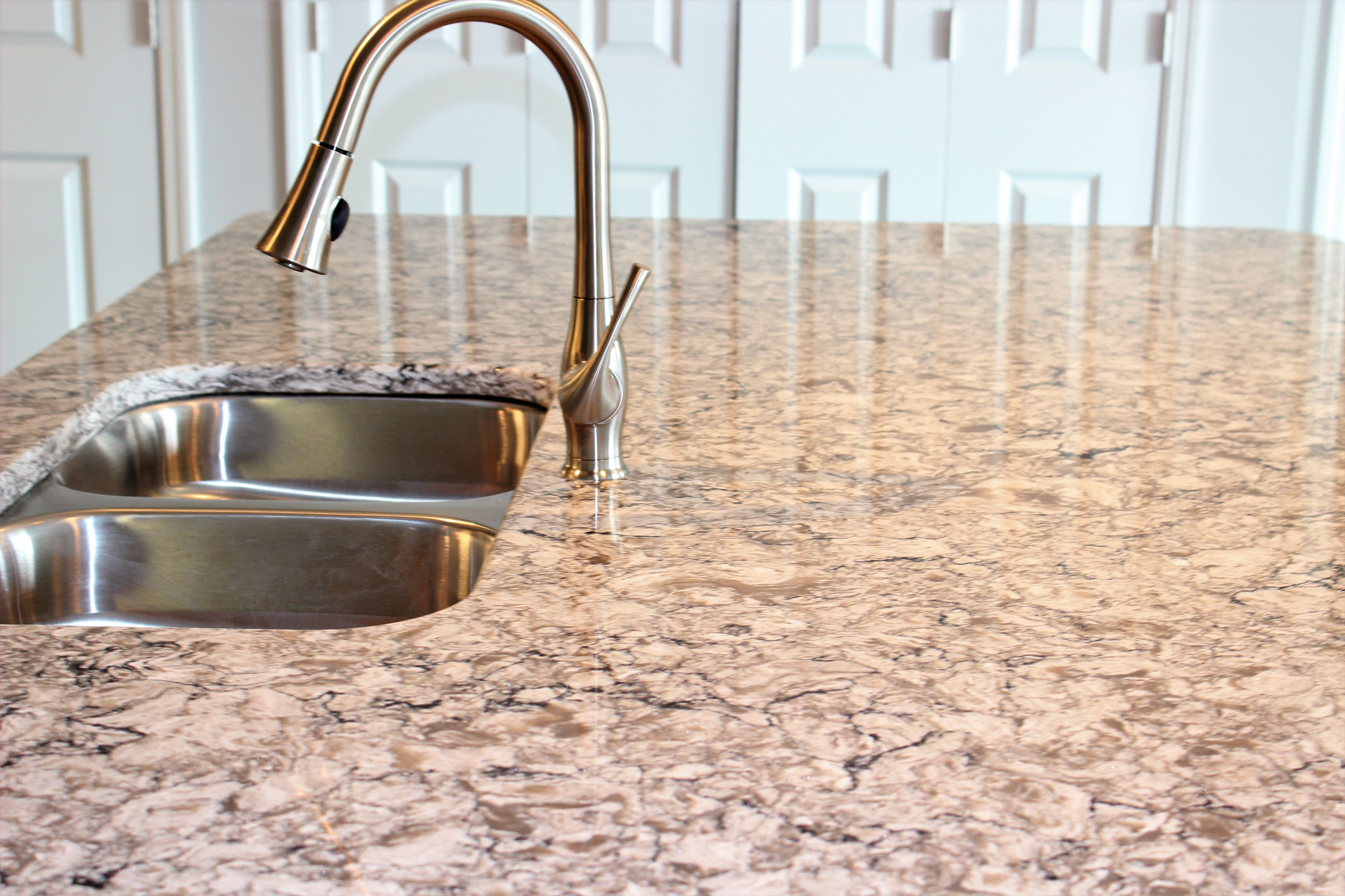 Countertops at the Vue at Creve Coeur Apartments in Creve Coeur, MO