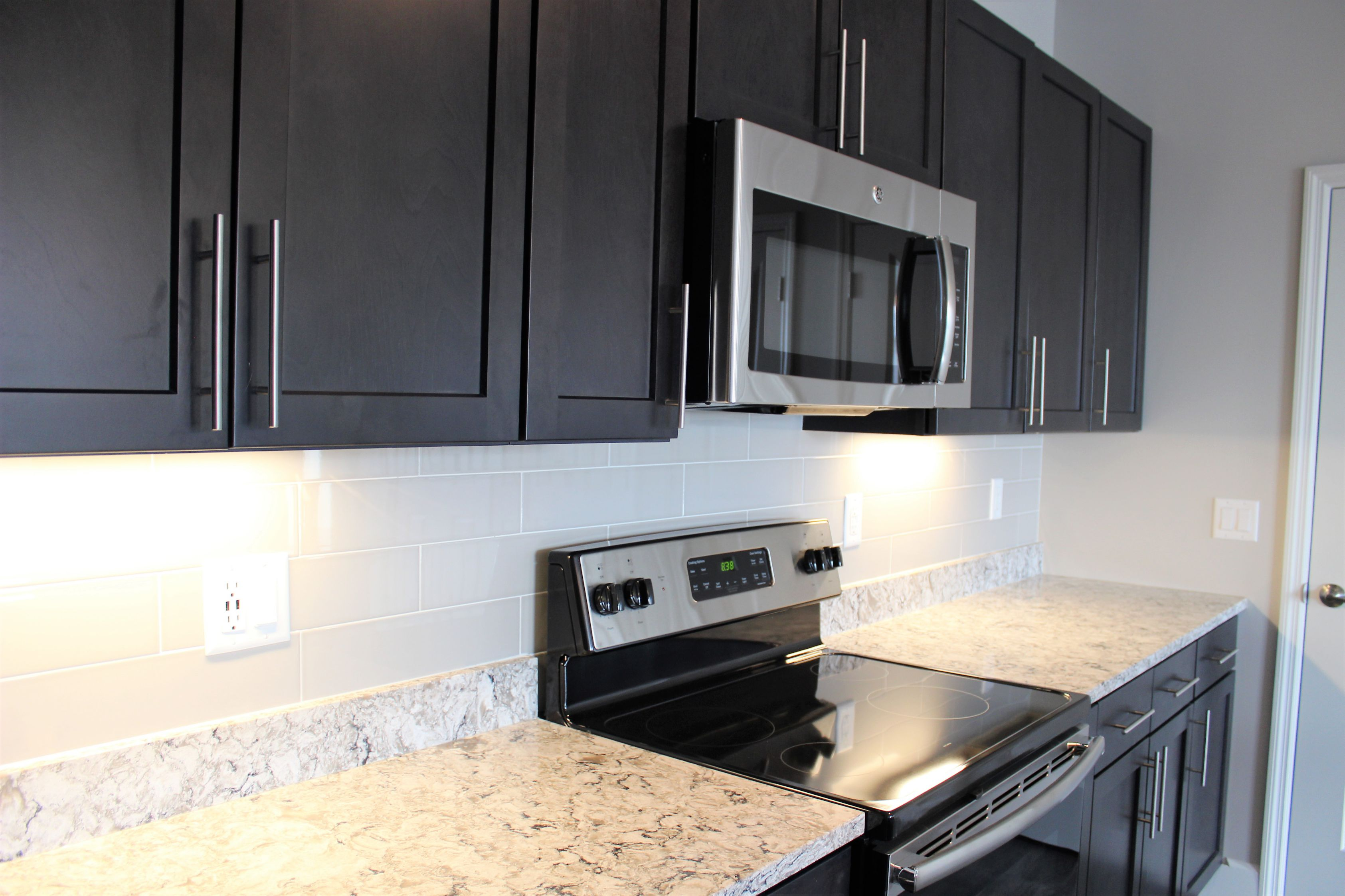 Kitchen at the Vue at Creve Coeur Apartments in Creve Coeur, MO