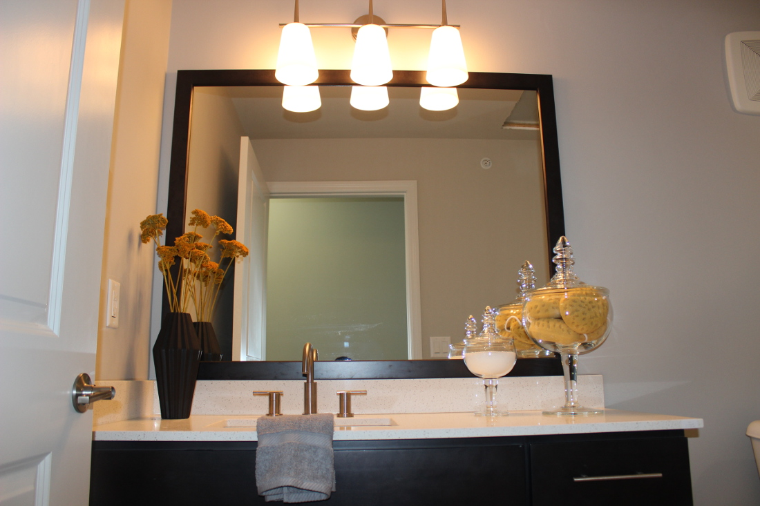 Wash Area at the Vue at Creve Coeur Apartments in Creve Coeur, MO