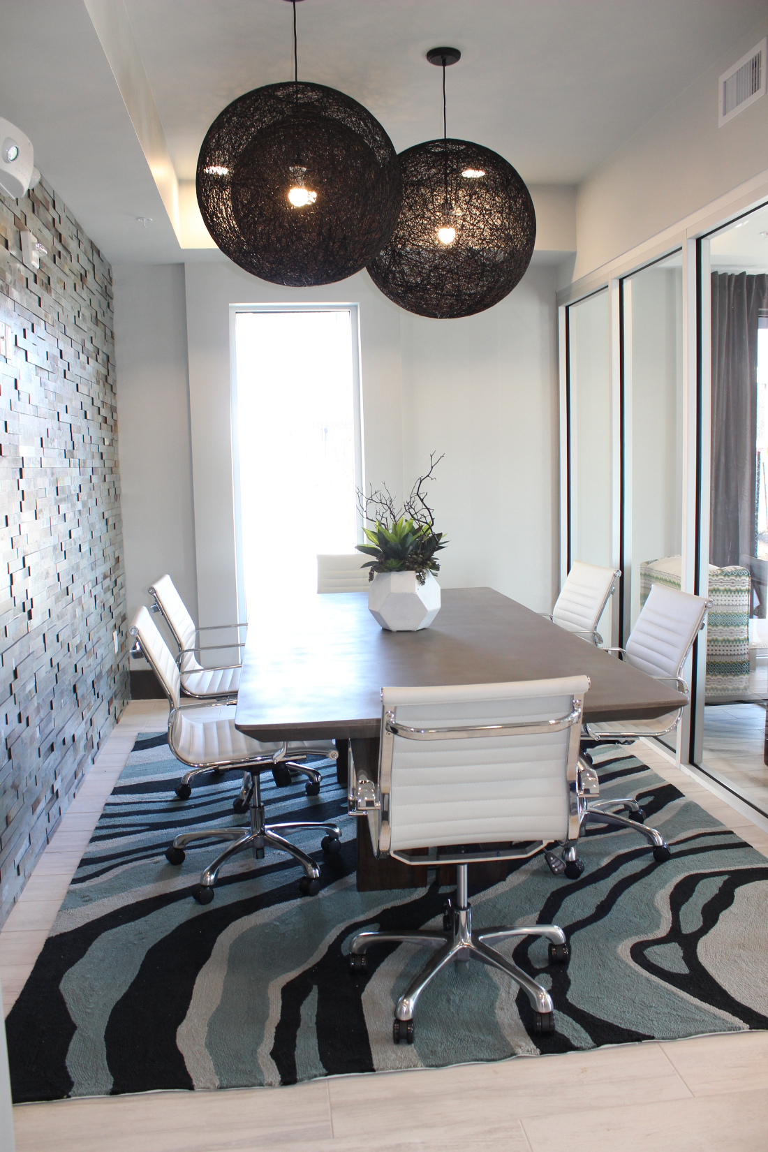 Conference Room at the Vue at Creve Coeur Apartments in Creve Coeur, MO