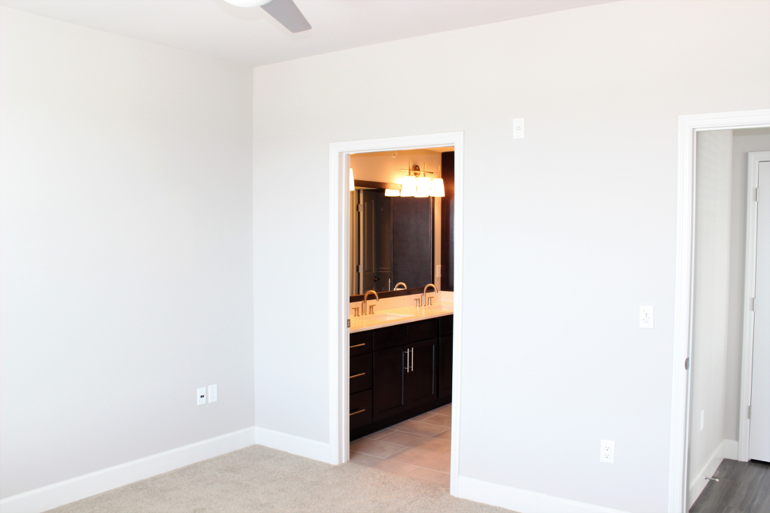 B4 Interior at the Vue at Creve Coeur Apartments in Creve Coeur, MO