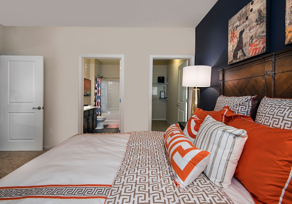 Bedroom at the Vue at Creve Coeur Apartments in Creve Coeur, MO
