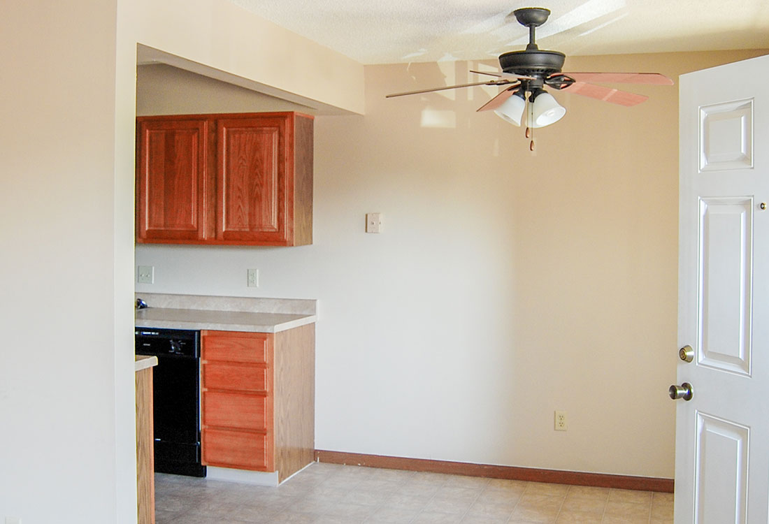Spacious Kitchens at Crystal Ridge Apartments in Davenport, IA